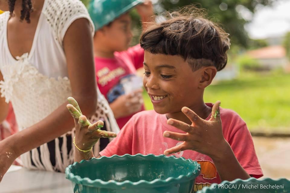 Levando alegria em orfanatos, saiba a importância! 1